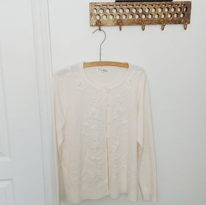 Vintage pearl embroidered white cardigan